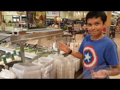 Ando en la Lowes Foods (english subtitles available)