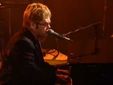 Elton John - Candle in the wind (live)