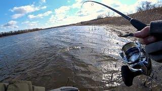 ТАСКАЮ СУДАКА ОДИН ЗА ДРУГИМ на не обычную приманку Рыбалка на спиннинг