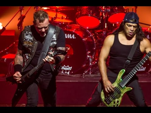 METALLICA - MOTH INTO FLAME [MULTICAM MIX] - LIVE DEBUT - NYC WEBSTER KALL  - 2016
