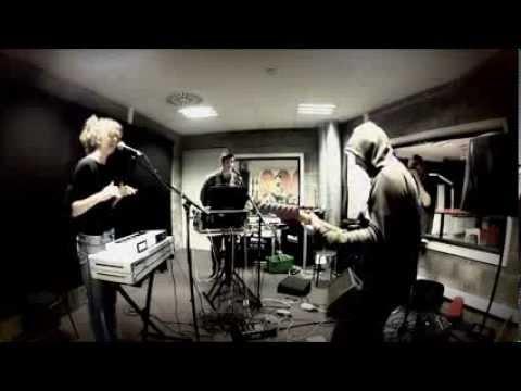 Crossbeat - Stay, live @ Radio Taxi, Urgent.fm (2013)