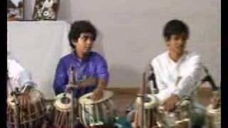 Ardha Taal Chakra 6.5 beats composed by Pandit Divyang Vakil