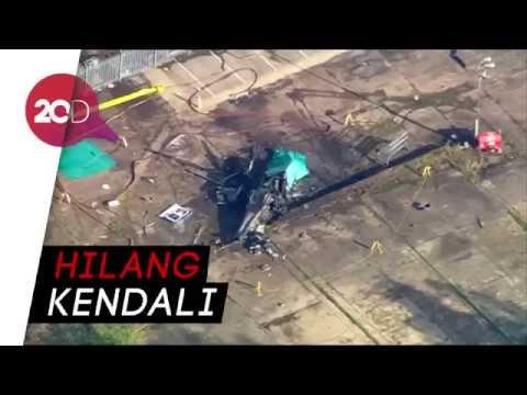 Helikopternya Jatuh dan Terbakar, Bos Leicester City Tewas Mp3