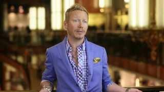 Celeb Stylist Eric Daman Shares Why Century 21 Dept. Store Is NYC's Fashion Destination Thumbnail