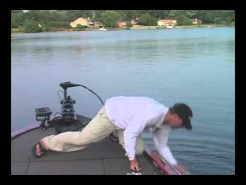 NC Fish Fights BACK!, Lake Norman & Lake Wylie Bas...
