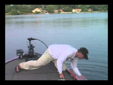 nc fish fights back lake norman lake wylie bass fishing guide rusty white nc bass fishing. Black Bedroom Furniture Sets. Home Design Ideas