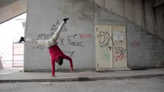 One Hand-stand Training, Entrainement Équilibre une main