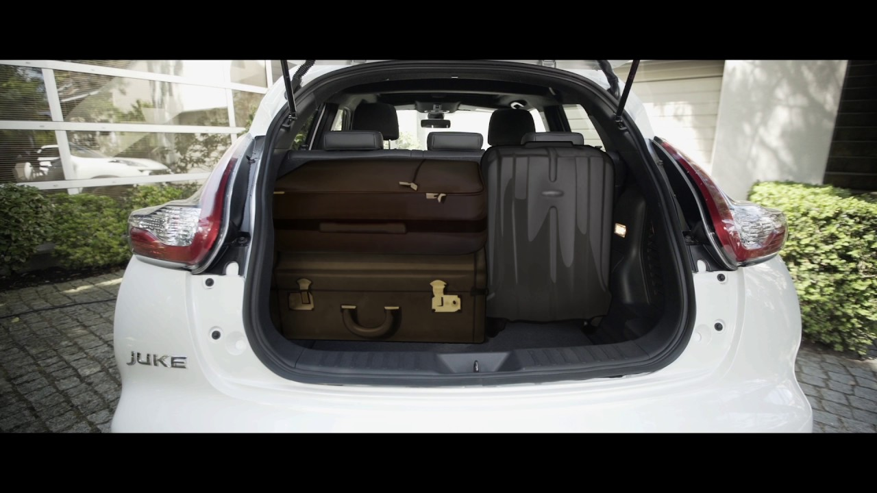 How to remove the parcel shelf in the Nissan Juke - YouTube