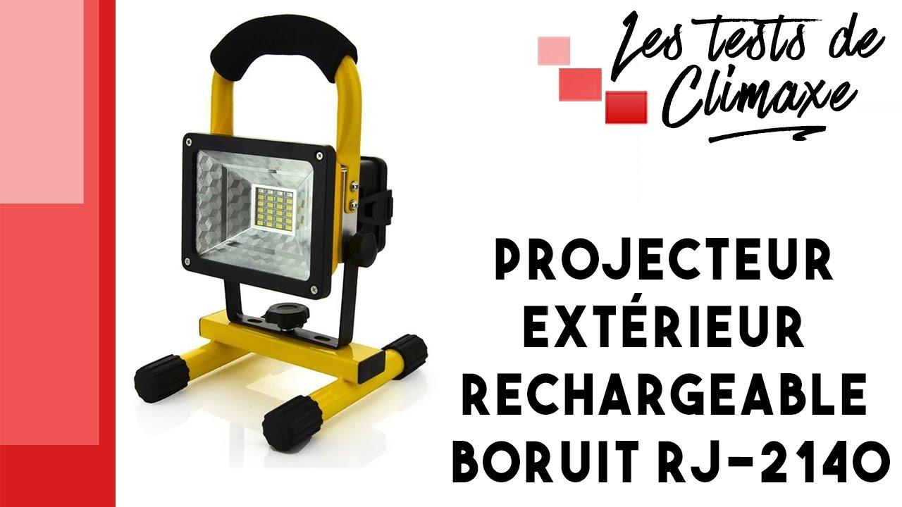 test d 39 un projecteur ext rieur rechargeable boruit rj 2140. Black Bedroom Furniture Sets. Home Design Ideas