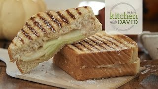 How To Make A Spiced Apple Pear Breakfast Panini