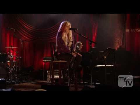 Avril Lavigne - Adia (Live Roxy Theater) HD