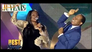SINACH & PASTOR CHRIS COLLABORATE ON STAGE