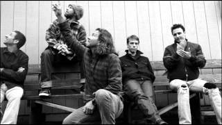 Pearl Jam - I Believe In Miracles (Studio Version - Ramones cover)