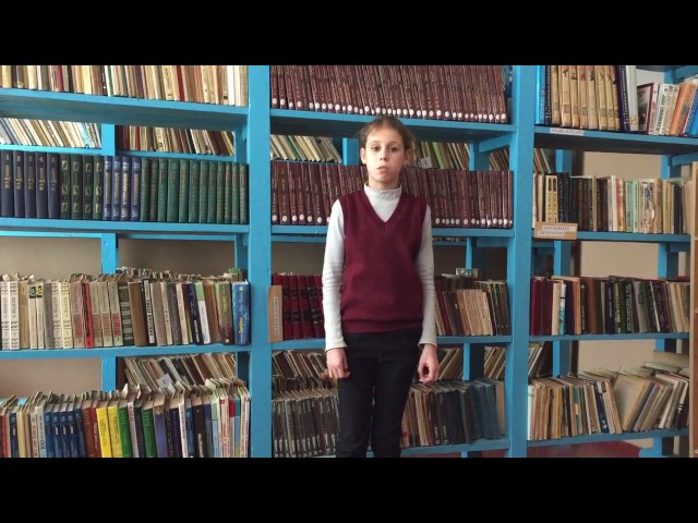 Изображение предпросмотра прочтения – КристинаНагина читает произведение «Свинья под дубом» И.А.Крылова