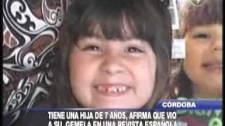 Encuentra a su hija robada por la foto en una revista