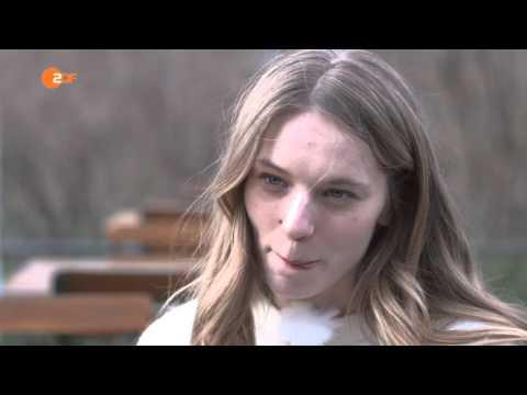 """Lilith Stangenberg und der Wolfs-Film """"WILD"""" von Nicolette Krebitz"""