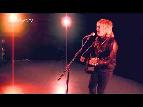 Mike Peters - Glyndwr TV