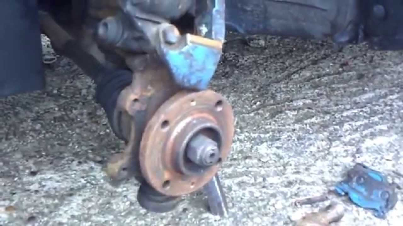 SAXO JUDDERING WHEN ACCELERATING BRAKE