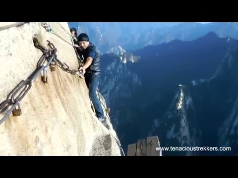 Plank Walk of Hua Shan : How To Guide from Xian China