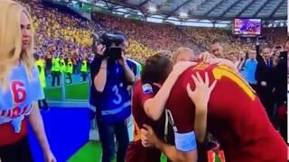Abbraccio Francesco Totti e Ilary Blasi 28/05/2017