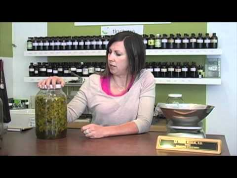 Herbal How To: Make a Medicinal Flower Oil
