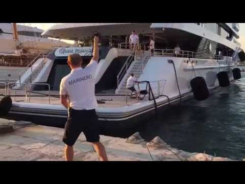 Royal Romance 92m Feadship Yacht Docking In Ibiza Youtube