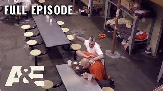 60 Days In: Robert Is in Danger After Inmate DiAundré Is Attacked - Full Episode (S1, E3) | A&E