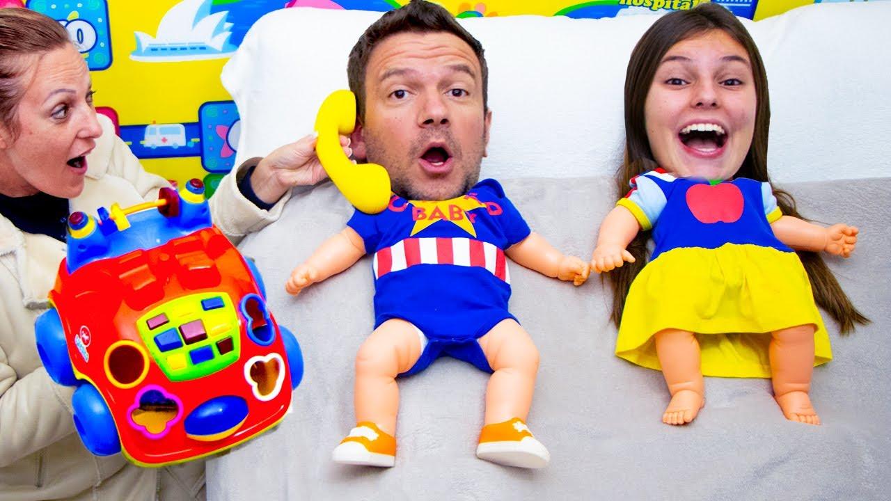 Johny Pretend Play a Giant Baby