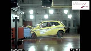 Gefährliche, alte Anfängerautos: Crash Test Modelljahr 1997 gegen 2004