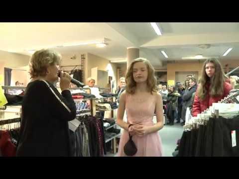 Festmodenschau Fur Junge Leute Im Modehaus Mici In Pampow Youtube