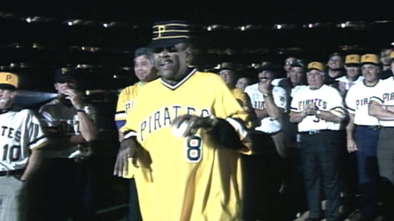 stargell-tosses-final-pitch-at-three-rivers