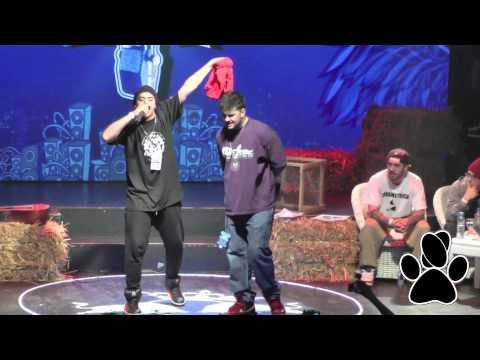 Kodigo vs Papo MC - Batalla de los Gallos Red Bull 2013 Argentina