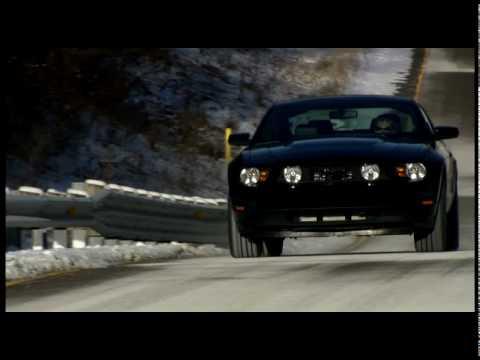 Ford Mustang 2011 V6 0 TV mercial