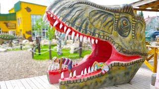 Приключения Эрика и Глеба в парке  динозавров.