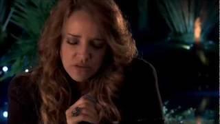 Ana Carolina -- Mais que a Mim (Part. Especial Maria Gadú)  - Vídeo Oficial