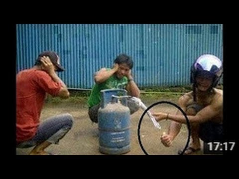 New Funny China 2017 Best Scary Pranks Compilation New 2017 Funny Video 2017 ..