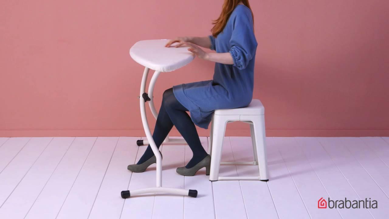 gemaakt voor zittend strijken brabantia strijkplank maat d youtube. Black Bedroom Furniture Sets. Home Design Ideas