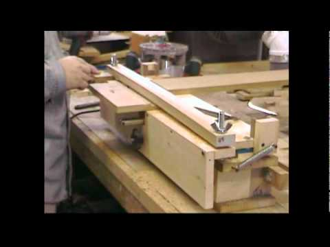 HOMEMADE Leigh DR4 Pro Style Dovetail Jig Machine -Woodworking With Stumpy Nubs #11