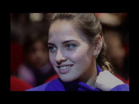 Анастасия Брызгалова  керлингистка покорила  мир красотой на Олимпиаде