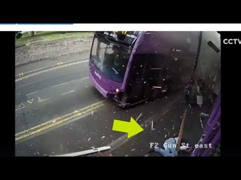 Getting Hit By A Bus Like A Boss & A Pig Eating Popcorn