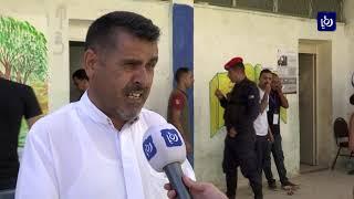 أهالي الموقر يدلون بأصواتهم وترقبون نتائج الانتخابات المعادة