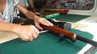เด็กหญิง9ขวบถอด-ประกอบปืนยาวCZ452-2Eขั้นเทพ1