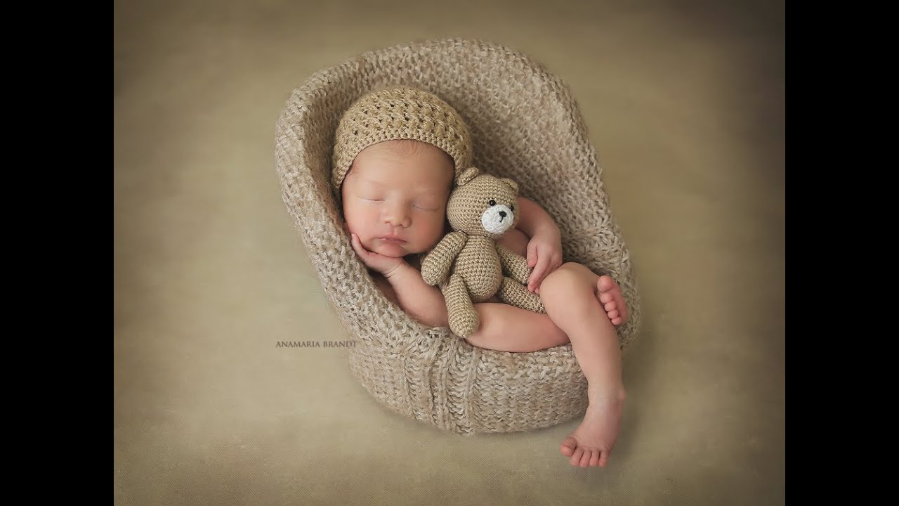 Newborn Baby Jax in Lion Costume by Ana Brandt - YouTube