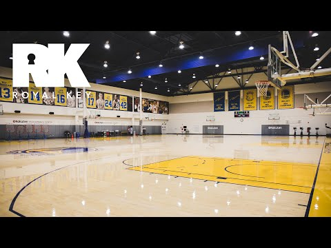 We Toured The GOLDEN STATE WARRIORS' SNEAKER-FILLED Practice Facility | Royal Key | Coiski