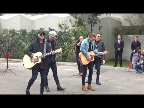 Vapor/ Beside You Acoustic 5SOS - Chile 08/09/17