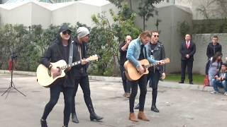 Скачать Vapor Beside You Acoustic 5SOS Chile 08 09 17