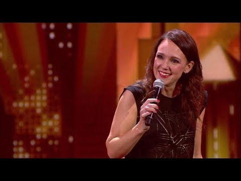 Warum Frauen keine Komplimente annehmen können - Carolin Kebekus live - AlphaPussy thumbnail