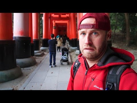 Struggling with Composition & Tourists | Japan Photography Vlog