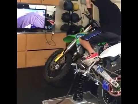 dirt bike simulator video game