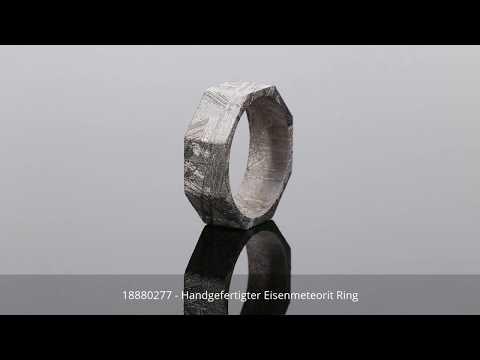 Handgefertigter Eisenmeteorit Ring - 18880277